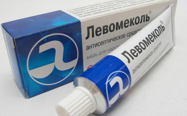 Мазь Левомиколь часто назначают при гнойных ранах, повреждении мягких тканей у собак